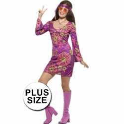 Grote maat dames hippies outfit jaren 60