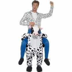 Instapoutfit koe carnaval volwassenen