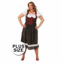 Plus size outfit Tirolerjurk